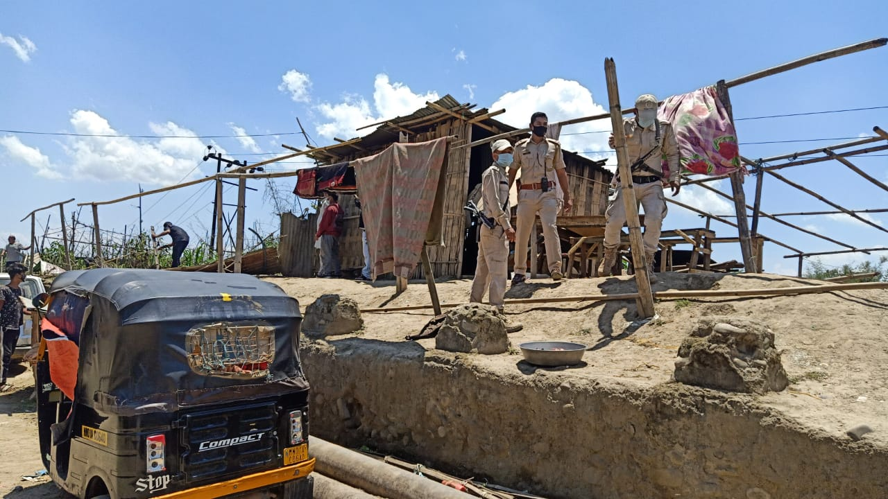 Illegal encroachment on eastern side of Kangla dismantled