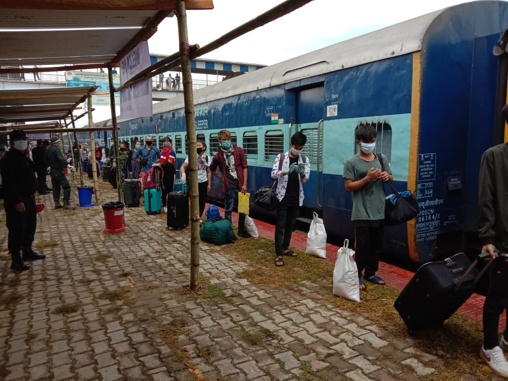 Post screening at Jiribam, over thousand passengers of first special train head home in buses