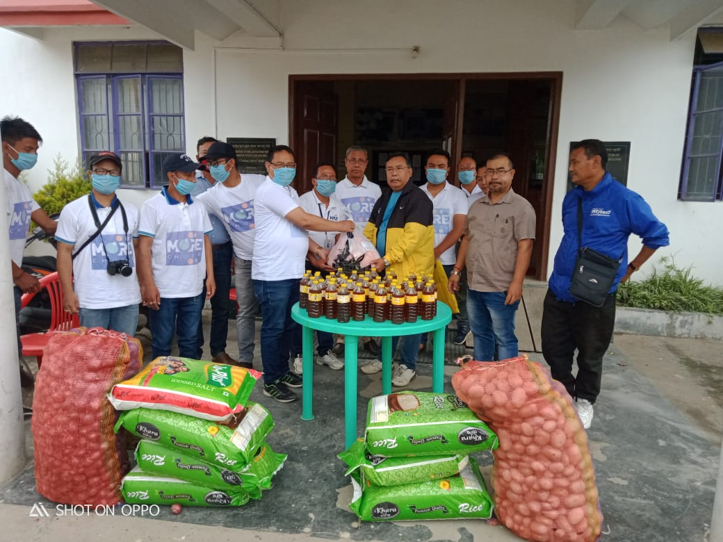 Tamenglong journalist union provides vegetables to AMWJU