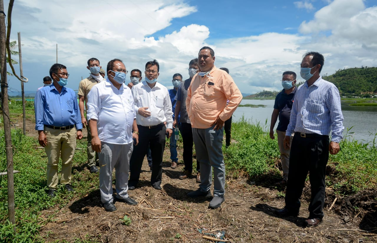 Awangbow Newmai calls for people's participating in conversation of environment