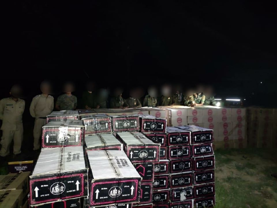 AR, MP seize 950 cases of IMFL worth lakhs in Noney