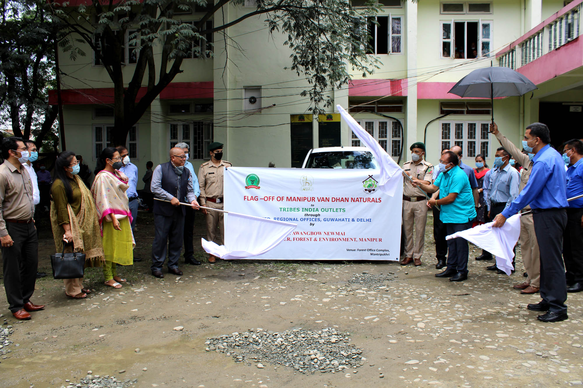Forest Minister flags off Manipur Van Dhan Naturals to Tribes India