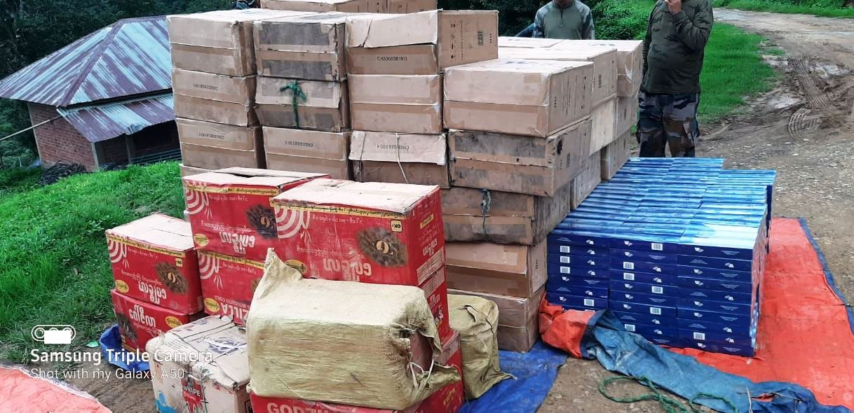 AR recovers contraband items near Machi