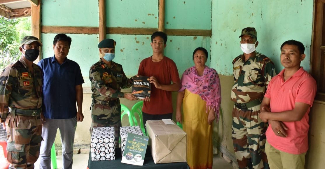 Local boy aspiring to be army officer felicitated