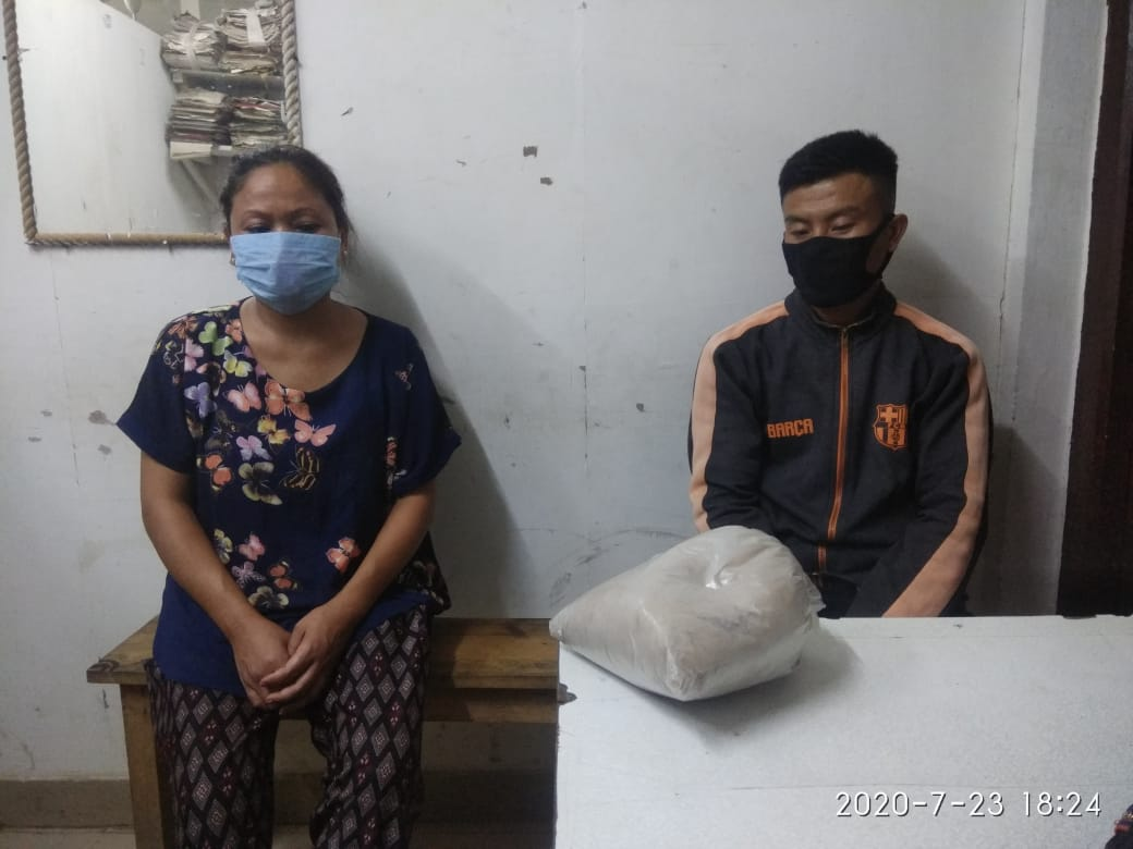 Drug smugglers arrested