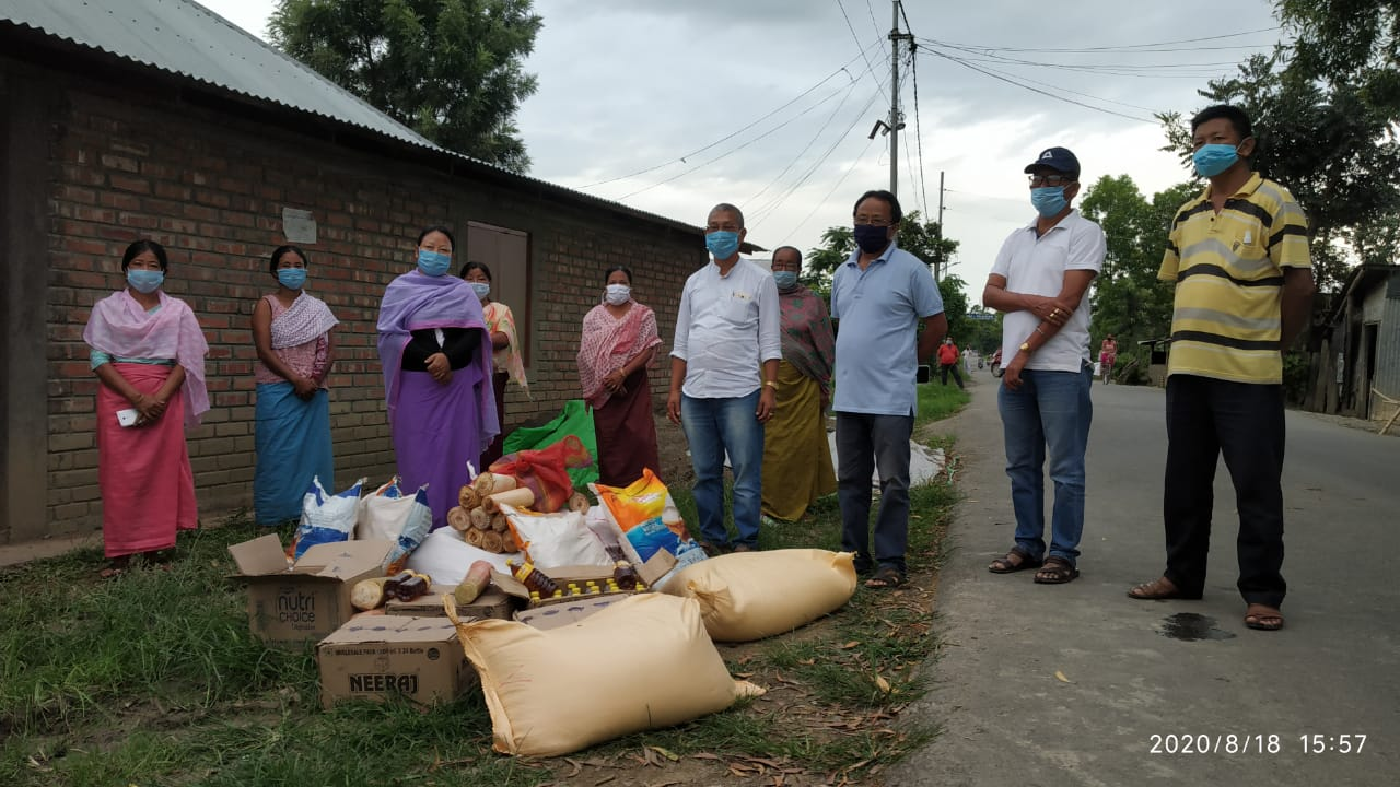 Moirang MLA provides essential aid to containment zone