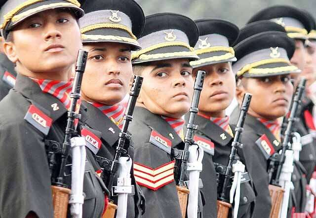 Army recruitment rally for women military police GD