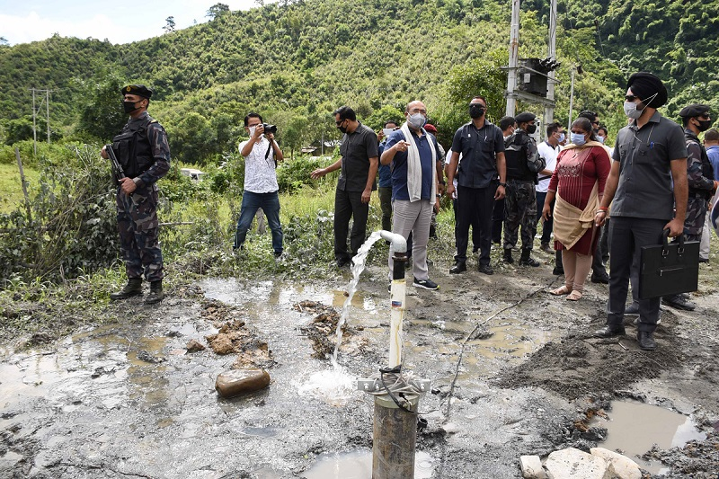 CM's surprise visit gladdens villagers; inspects construction of irrigation facilities