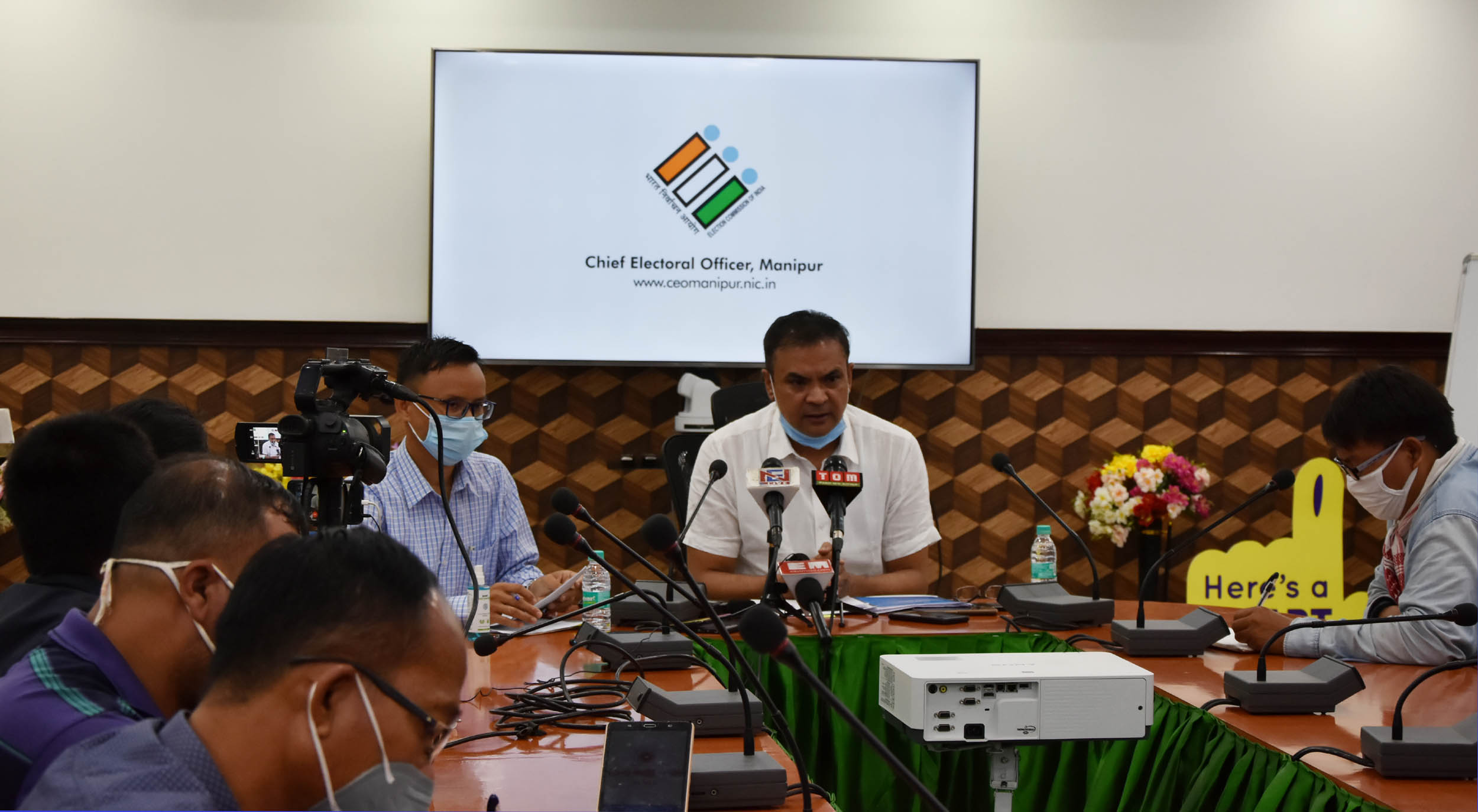 Stage set for by-elections, says CEO; 1,57,658 voters from 5 ACs to go to polls on Nov 7
