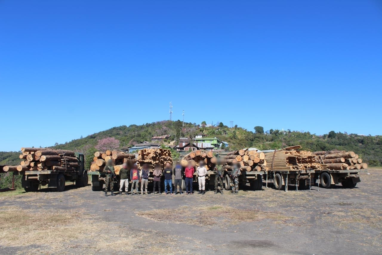 <strong>AR foils smuggling, seizes timber worth Rs 10.04 crore </strong>