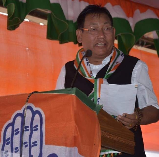 <strong>BJP Government should refrained from accepting awards from NGOs: MPCC </strong>