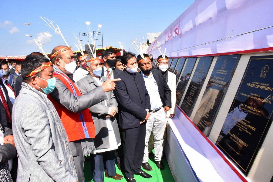 CM starts multiple projects during maiden visit to Kamjong