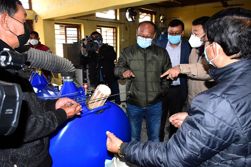 Minister Lukhoi inspects livestock and dairy farms
